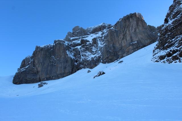 Cara Suroeste del Pico Llena de la Garganta