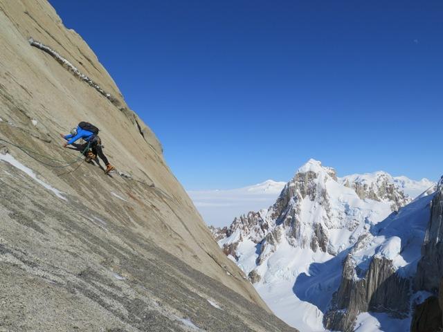 Membrana eVent escalando en Patagonia