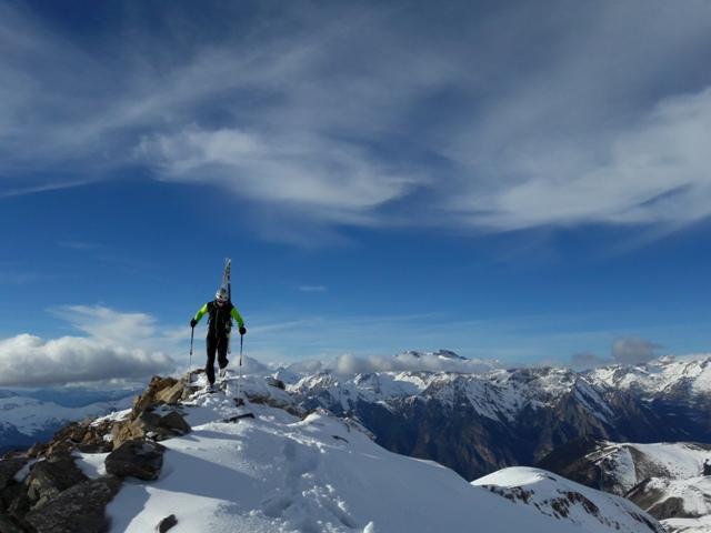 Actividad de esquí/alpinismo con los Evolution Stretchshell Pants y la Skimo Jacket